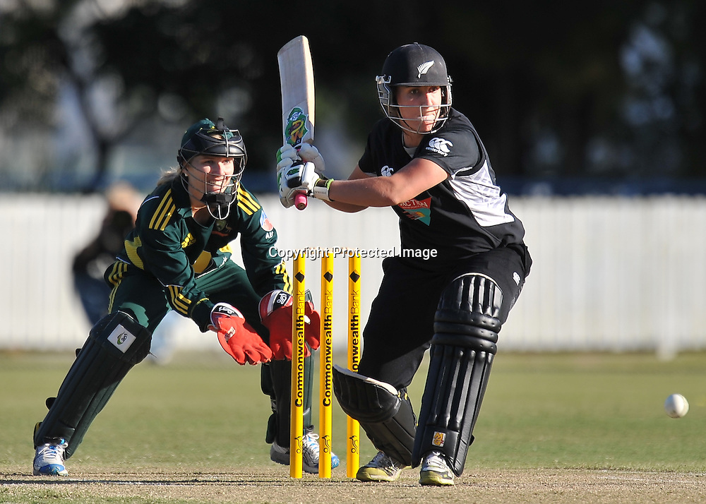 Kate Broadmore sets to drive for New Zealand ~ Game 7 (ODI) of the Rose Bowl Trophy Cricket played between Australia and New Zealand at Alan Border Field in Brisbane (Australia) ~ Thursday 16th June 2011 ~ Photo : Steven Hight (AURA Images) / Photosport