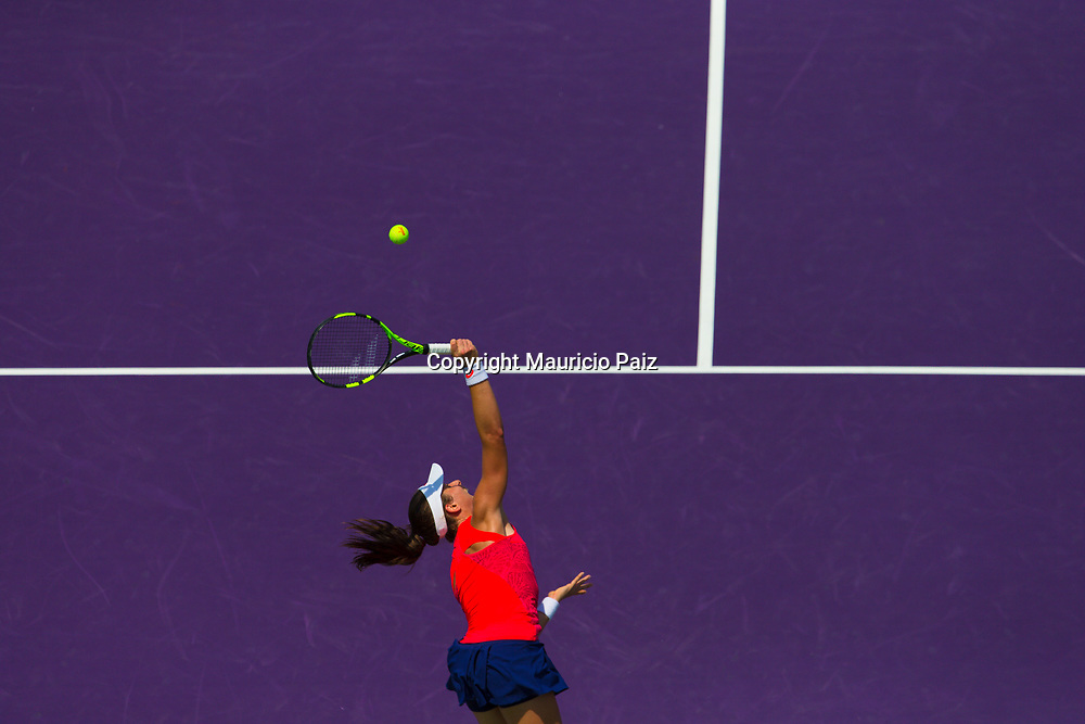 KEY BISCAYNE, FL - APRIL 01: Johanna Konta of Great Britain celebrates after winning match point during the women's singles final match against Caroline Wozniacki of Denmark on day thirteen of the 2017 Miami Open at Crandon Park Tennis Center on April 1, 2017 in Key Biscayne, Florida. (Photo by Mauricio Paiz)