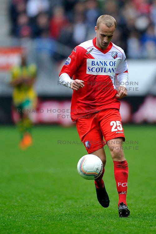 03-04-2011 VOETBAL: FC UTRECHT - ADO DEN HAAG: UTERCHT<br /> Ismo Vorstermans<br /> &copy; Ronald Hoogendoorn Photography