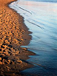 GERMANY ECKERNFOERDE 24DEC06 - Waves on the shoreline of the Eckernfoerder Kurstrand beach in the afternoon sun. Classic Baltic sea afternoon in good winter light.....jre/Photo by Jiri Rezac....© Jiri Rezac 2006