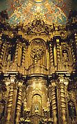ECUADOR, COLONIAL QUITO La Compania, Jesuit Church, altar