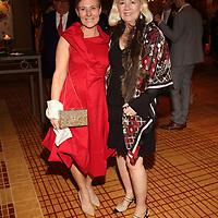 Lora Reardon, Lisa Forsyth