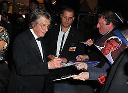 January 28, 2017 - Cannes, France - JOHN HURT - 64EME FESTIVAL DE CANNES 2011 - RED CARPET 'MELANCHOLIA' (Credit Image: © Visual via ZUMA Press)