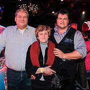 NLD/Hilversum/20130112 - 4e Liveshow Sterren Dansen op het IJs 2013, Jarno Harms en zijn ouders