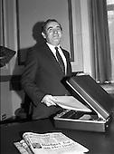 1981 - Minister for Finance, Gene Fitzgerald.  (N59).