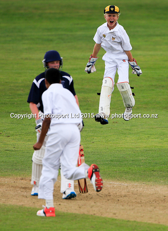 Tauranga Boy's College v Wellington College. NZCT Junior Secondary School Boys' National cricket finals, Fitzherbert Park, Palmerston North, New Zealand. Friday, 20 February, 2015. Copyright photo: John Cowpland / www.photosport.co.nz