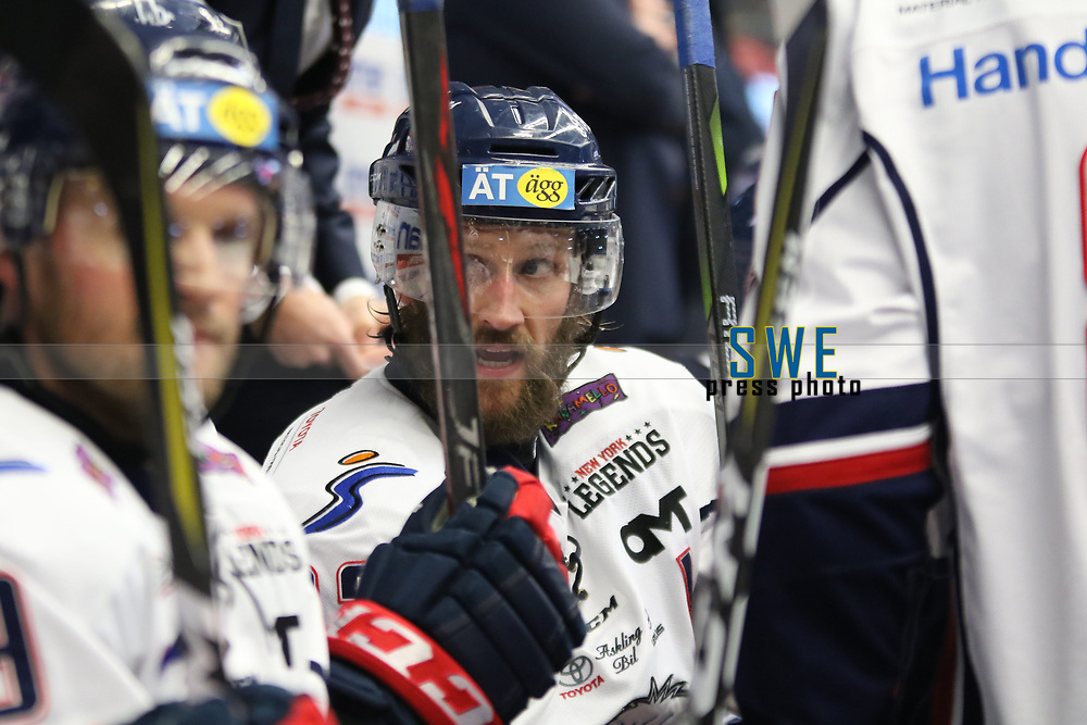 2018-03-03 | V&auml;xj&ouml;, Sweden: Link&ouml;ping HC Sebastian Karlsson (12) during the game between V&auml;xj&ouml; Lakers and Link&ouml;ping HC at Vida Arena ( Photo by: Fredrik Sten | Swe Press Photo )<br /> <br /> Keywords: Vida Arena, V&auml;xj&ouml;, Icehockey, SHL, V&auml;xj&ouml; Lakers, Link&ouml;ping HC