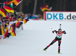 16.01.2011, Chiemgau Arena, Ruhpolding, GER, IBU Biathlon Worldcup, Ruhpolding, Pursuit Women, im Bild zweite Andrea Henkel (GER) // Andrea Henkel (GER) takes second Place during IBU Biathlon World Cup in Ruhpolding, Germany, EXPA Pictures © 2011, PhotoCredit: EXPA/ J. Feichter