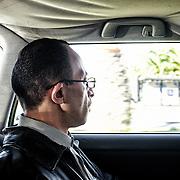 Mohamed Matok, dans la voiture de Angelo Milazzo, vers le Bureau du Procureur de Syracuse