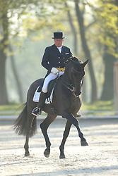 Schwiebert, Rainer, Helenenhof´s Carabas<br /> Redefin - Pferdefestival 2015<br /> Grand Prix de Dressage<br /> © www.sportfotos-lafrentz.de/Stefan Lafrentz