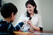 CENTRO MEDICO MARCOLETA, AUDIOLOGIA, FONOAUDIOLOGIA, PONTIFICIA UNIVERSIDAD CATOÑLICA DE CHILE. Santiago de Chile, 29-08-2012 (©Alvaro de la Fuente/Triple.cl)