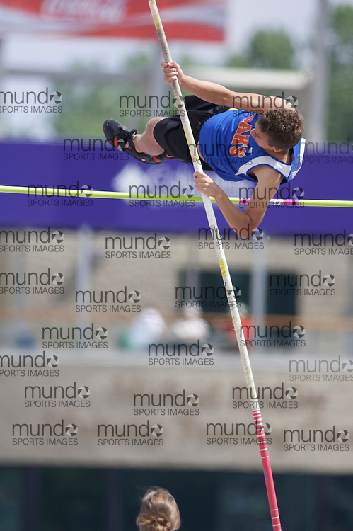 (London, Ontario}---04 June 2010) \\ the pole vault at the 2010 OFSAA Ontario High School Track and Field Championships. Photograph copyright Laura Barclay / Mundo Sport Images, 2010.