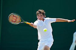 LONDON, ENGLAND - Monday, June 29, 2009: Richard Gabb (GBR) during the Boys' Singles 1st Round match on day seven of the Wimbledon Lawn Tennis Championships at the All England Lawn Tennis and Croquet Club. (Pic by David Rawcliffe/Propaganda)