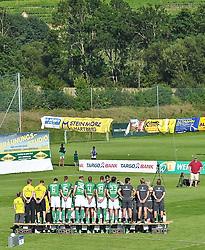 02.08.2010, Thermenstadion, Bad Waltersdorf, AUT, Trainingslager Werder Bremen 1. FBL 2010 - Day05 im Bild      fuer den Tag der Fans wurde ein Mannschaftsfoto erstellt EXPA Pictures © 2010, PhotoCredit: EXPA/ nph/  Kokenge+++++ ATTENTION - OUT OF GER +++++ / SPORTIDA PHOTO AGENCY