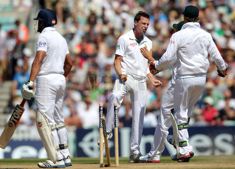 South Africa's Dale Steyn (Centre) celebrates bowling England's Ravi Bopara (L) out for 22 on the final day - England v South Africa - 1st Investec Test Match -  Day 5 - The Oval  - London - 23/07/2012..Andrew Fosker / Seconds Left Images