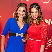 NLD/Amsterdam/20161221 - NOC*NSF Sportgala 2016, Ilse Paulis en Maaike Head - Sportploeg van het Jaar