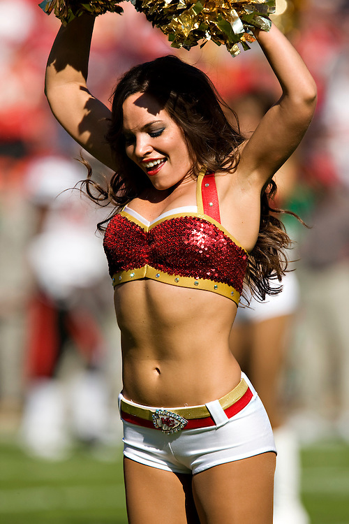 KANSAS CITY, MO - NOVEMBER 2:  Kansas City Chiefs cheerleader performs during a game against the Tampa Bay Buccaneers at Arrowhead Stadium on November 2, 2008 in Kansas City, Missouri.  The Bucaneers defeated the Chiefs 30-27 in overtime.  (Photo by Wesley Hitt/Getty Images) *** Local Caption ***