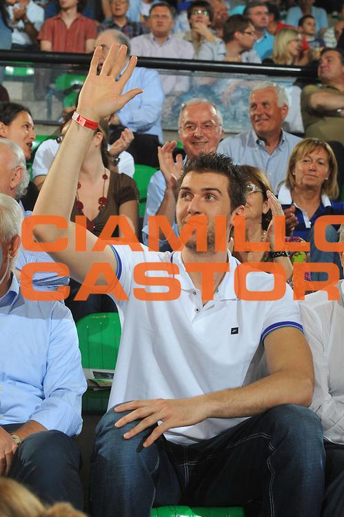 DESCRIZIONE : Treviso Lega A 2008-09 Playoff Quarti di finale Gara 1 Benetton Treviso La Fortezza Virtus Bologna<br /> GIOCATORE : Andrea Bargnani<br /> SQUADRA : Benetton Treviso<br /> EVENTO : Campionato Lega A 2008-2009<br /> GARA : Benetton Treviso La Fortezza Virtus Bologna<br /> DATA : 19/05/2009<br /> CATEGORIA : Ritratto<br /> SPORT : Pallacanestro<br /> AUTORE : Agenzia Ciamillo-Castoria/M.Gregolin