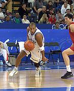 Olimpiadi Sydney 2000<br /> Italia - Cina<br /> Nella foto: Carlton Myers<br /> Foto Ciamillo