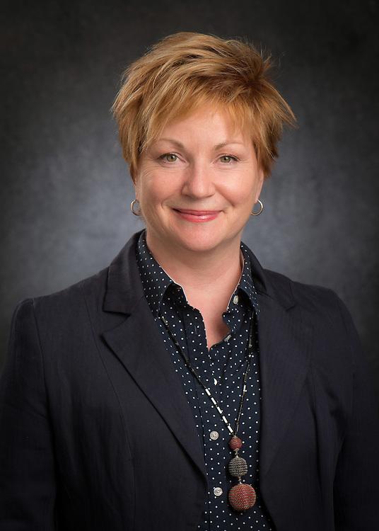 Elizabeth Hoyle