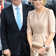 Koning en koningin bezoeken Noordrijn-Westfalen. Koning Willem Alexander  en Koningin Maxima  brengen een bezoek aan MMID / Creatieve Industrie Essen<br /> <br /> King and Queen visit North Rhine-Westphalia.<br /> King Willem Alexander and Queen Maxima visit MMID / Creative Industry Essen<br /> <br /> Op de foto / On the photo: <br /> <br />  Koning Willem Alexander en Koningin Maxima <br /> <br /> King Willem Alexander and Queen Maxima