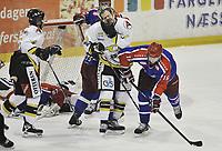 29. september 2009, Ishockey, Get-Ligaen, Stavanger Oilers - Vålerenga , Siddishallen , Blake Evans , Vålerenga , Martin Strandfeldt , Oilers , får seg en smell , Foto: Tommy Ellingsen