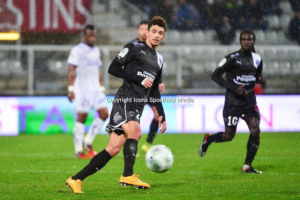 Kevin MALCUIT   - 19.12.2014 - Auxerre / Niort - 18e journee Ligue 2<br /> Photo : Dave Winter / Icon Sport