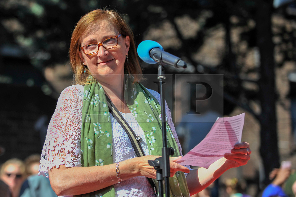 © Licensed to London News Pictures. 27/08/2017. London, UK. Emma Dent Coad, MP for Kensington, takes part in a multi-faith service ahead at the beginning of Family Day at the Notting Hill Carnival.  Over one million revellers are expected to attend Europe's biggest street party which takes place over the Bank Holiday Weekend. Photo credit : Stephen Chung/LNP