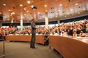 Übersichtsfoto Hörsaal und Sprecher Nyenrode Business University