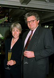 Actress LIZ ROBERTSON and her husband MR PATRICK DEUCHAR chief executive of the Royal Albert Hall, at a party in London on 5th June 1997.<br /> LYZ 2