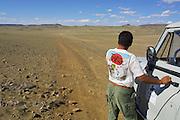 GOBI DESERT, MONGOLIA..09/02/2001.Between Bogd and Bayanhongor. Jeep of Nomads Tours..(Photo by Heimo Aga).