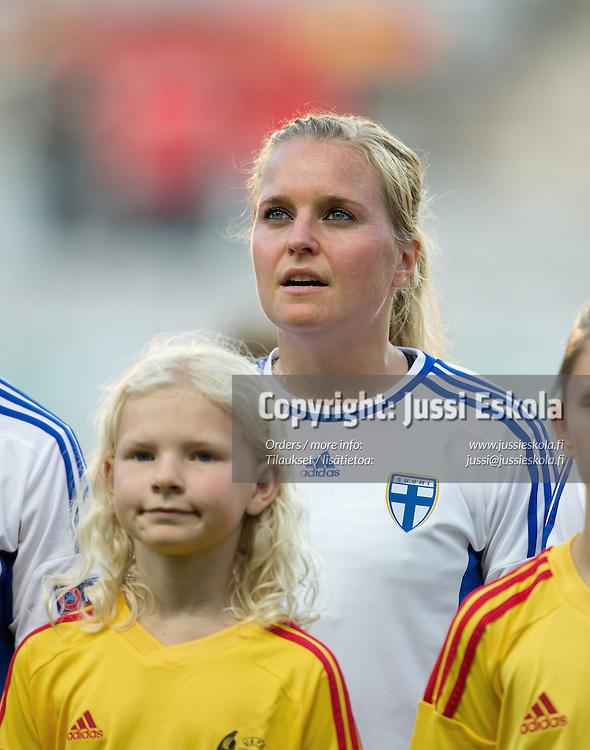 Katri Nokso-Koivisto. Tanska - Suomi. Naisten EM-turnaus. Göteborg, Ruotsi 16.7.2013. Photo: Jussi Eskola