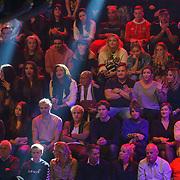 NLD/Amsterdam/20181107 - Opname Boxingstars 2018, 2e aflevering, familie Amanda Tsatsos - Balk