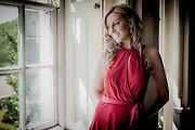 Portrait of Mezzo Soprano opera singer, Jessica Leary.
