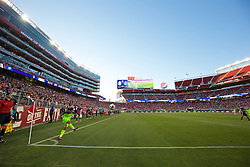 SANTA CLARA, USA - Saturday, July 30, 2016: Liverpool's Philippe Coutinho Correia takes a corner-kick against AC Milan during the International Champions Cup 2016 game on day ten of the club's USA Pre-season Tour at the Levi's Stadium. (Pic by David Rawcliffe/Propaganda)