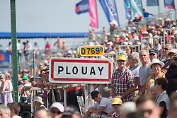 The front of the race arrives back to the finish line in Plouay, before the roll out for the last lap of the 121.5 km road race of the UCI Women's World Tour's 2016 Grand Prix Plouay women's road cycling race on August 27, 2016 in Plouay, France. (Photo by Balint Hamvas/Velofocus)