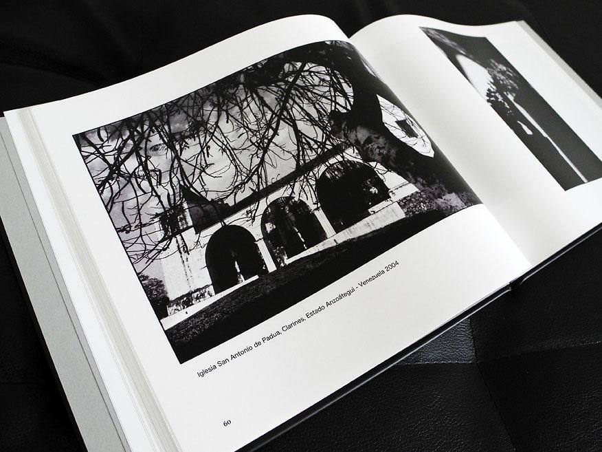 Libro VENEZUELA COTIDIANA Fotograf&iacute;as de Aaron Sosa / Book DAILY VENEZUELA Photography by Aaron Sosa - 2011<br /> <br /> http://aaronsosaactual.blogspot.com/2011/11/la-venta-el-libro-diarios-visuales.html
