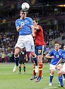 FUSSBALL  EUROPAMEISTERSCHAFT 2012   FINALE Spanien - Italien            01.07.2012 Andrea Barzagli (li, Italien) gegen Alvaro Arbeloa (re, Spanien)