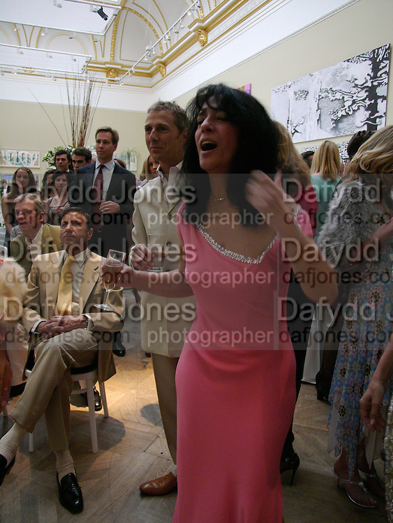 Kokoly Fallah, Around the World in One night, gala to raise money for the Royal Academy,   Royal Academy. 21 June 2004. ONE TIME USE ONLY - DO NOT ARCHIVE  © Copyright Photograph by Dafydd Jones 66 Stockwell Park Rd. London SW9 0DA Tel 020 7733 0108 www.dafjones.com