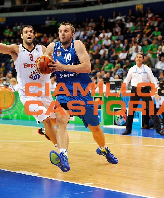 DESCRIZIONE : Vilnius Lithuania Lituania Eurobasket Men 2011 Second Round Spagna Serbia Spain Serbia<br /> GIOCATORE : Dusko Savanovic<br /> CATEGORIA : tiro penetrazione<br /> SQUADRA : Serbia<br /> EVENTO : Eurobasket Men 2011<br /> GARA : Spagna Serbia Spain Serbia<br /> DATA : 09/09/2011<br /> SPORT : Pallacanestro <br /> AUTORE : Agenzia Ciamillo-Castoria/JF Molliere<br /> Galleria : Eurobasket Men 2011<br /> Fotonotizia : Vilnius Lithuania Lituania Eurobasket Men 2011 Second Round Spagna Serbia Spain Serbia<br /> Predefinita :