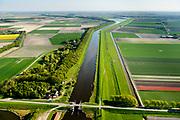 Nederland, Noord-Holland, Gemeente Hollands Kroon, 07-05-2018; Amstelmeer, sluis richting Wieringerwaard. Oosthoekweg, Amstelmeerweg. Grens Wieringermeer.<br /> <br /> luchtfoto (toeslag op standaard tarieven);<br /> aerial photo (additional fee required);<br /> copyright foto/photo Siebe Swart