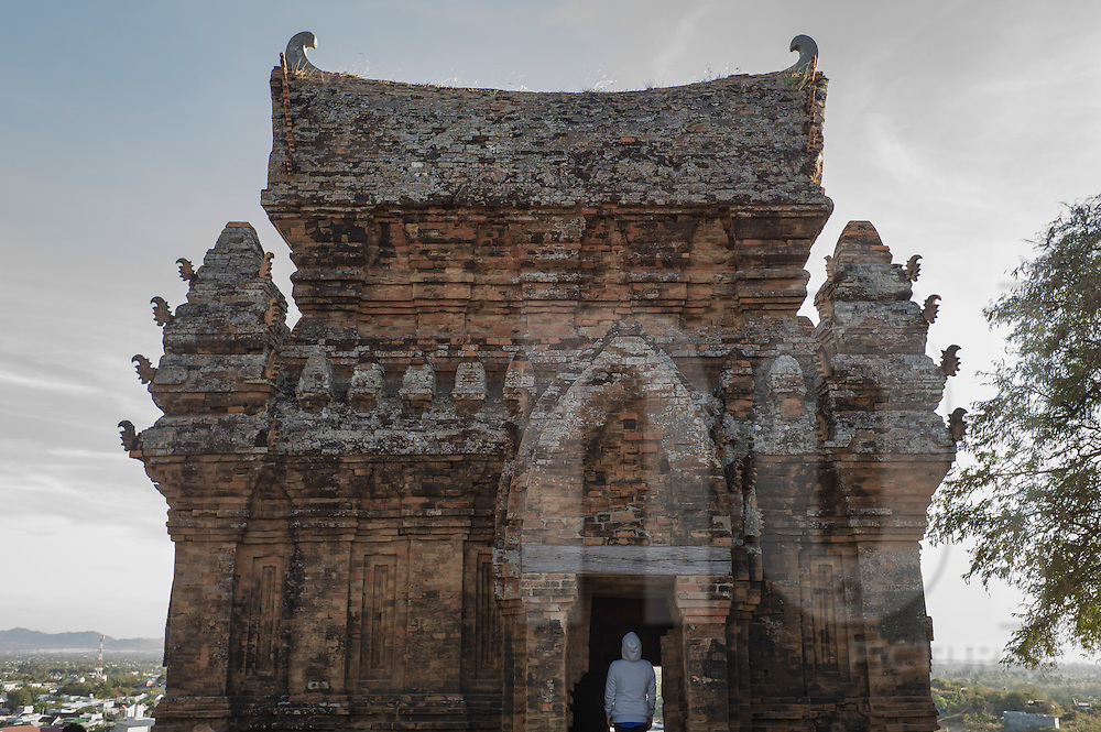 Named for and built in honor of the legendary king Po Klong Garai, this Cham temple tower is located in Phan Rang Thap Cham, also known as Panduranga, <br />