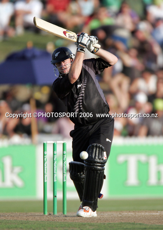 NZ batsman Scott Styris hits out during the 3rd Chappell Hadlee one day match at Seddon Park, Hamilton, New Zealand on Tuesday 20 February 2007. Photo: Andrew Cornaga/PHOTOSPORT<br /> <br /> <br /> 200207