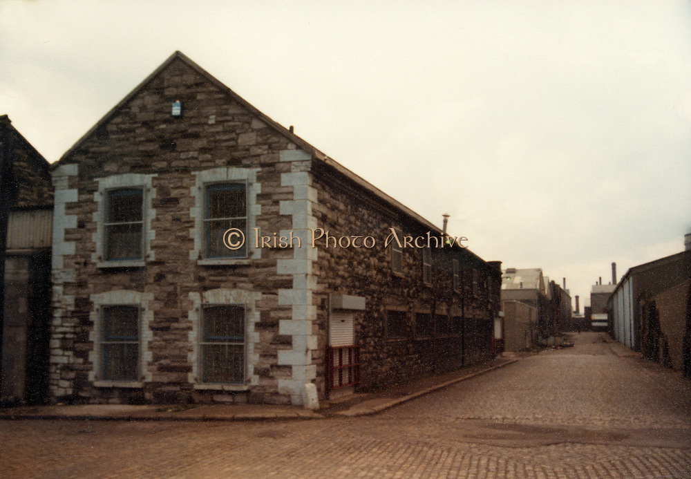 Old Dublin Amature Photos April 1983 WITH, Canal Locke's, Ringsend, Cottage, Hailing Station, Misery Hill, Lime St, Hanover St, east, Cardiff Lane, Britain Quay,