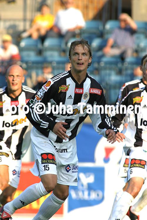 28.07.2003, Veritas Stadion, Turku, Finland..Veikkausliiga 2003 / Finnish League 2003.TPS Turku v FC Haka Valkeakoski.Mikko Korhonen - TPS.©Juha Tamminen