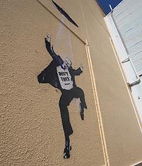 "Tauranga-John Key ""Banksy"" appears"
