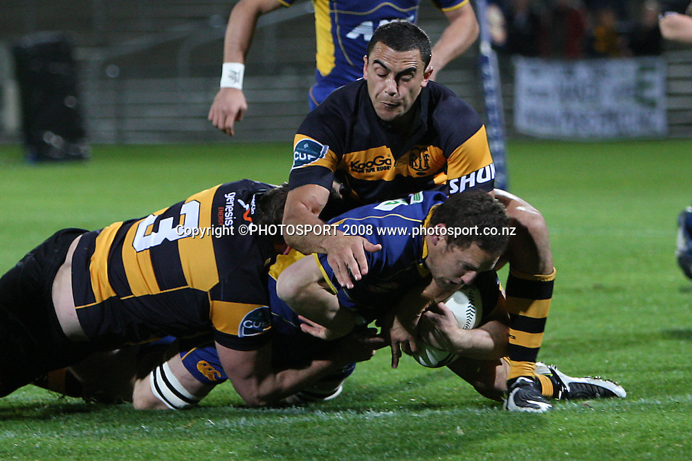 Otago captain Craig Newby scores a try.<br /> Air NZ Cup, Otago v Taranaki, Carisbrook, Dunedin, Friday 19 September 2008. Photo: Rob Jefferies/PHOTOSPORT
