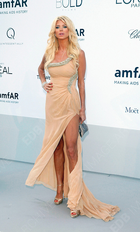 24.MAY.2012. CANNES<br /> <br /> VICTORIA SILVSTEDT AT THE AMFAR CINEMA AGAINST AIDS 2012 DURING THE CANNES FILM FESTIVAL, CANNES, FRANCE.<br /> <br /> BYLINE: EDBIMAGEARCHIVE.CO.UK<br /> <br /> *THIS IMAGE IS STRICTLY FOR UK NEWSPAPERS AND MAGAZINES ONLY*<br /> *FOR WORLD WIDE SALES AND WEB USE PLEASE CONTACT EDBIMAGEARCHIVE - 0208 954 5968*
