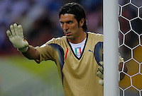 KAISERSLAUTERN, GERMANY - JUNE 17: Gianluigi Buffon of Italy during the FIFA World Cup Germany 2006 Group E match between Italy and USA at the Fritz-Walter Stadium on June 17, 2006 in Kaiserslautern, Germany.(Photo by Manuel Queimadelos)