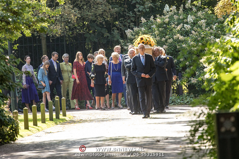 NLD/Den Haag/20190822 - Uitvaart Prinses Christina, Prinses Irene, Prinses Beatrix, Koning Willem Alexander, Koningin Maxima, Prinses Mabel, Prinses Eloise, Prins Claus Casimir